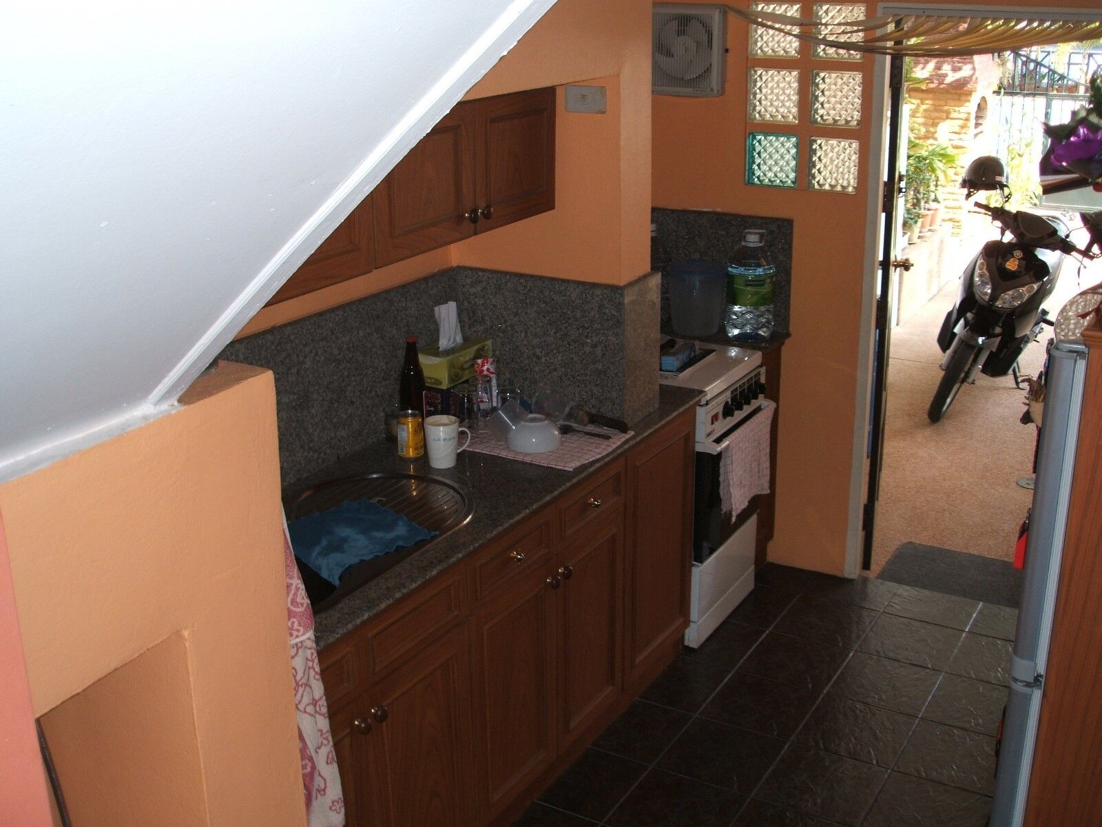 Doppelhaush. in einer bewachten Anlage. Westseite der Sukhumvit Rd. in PATTAYA