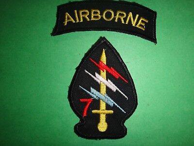 Vietnam War AIRBORNE Arc + US 7th Special Forces Group Patch
