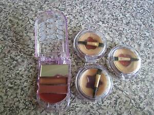 3 X Round Lip Glosses & Mobile Phone Lip Gloss ***BRAND NEW*** Campbell North Canberra Preview