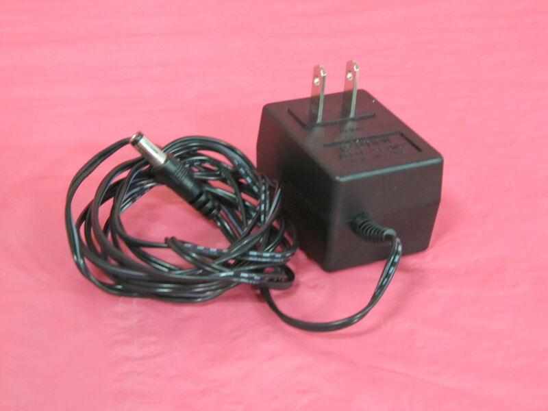 Aec-3590a Aec Software, Inc Aec-3590a Aastra Ac Adaptor Class 2 Transformer 9v D