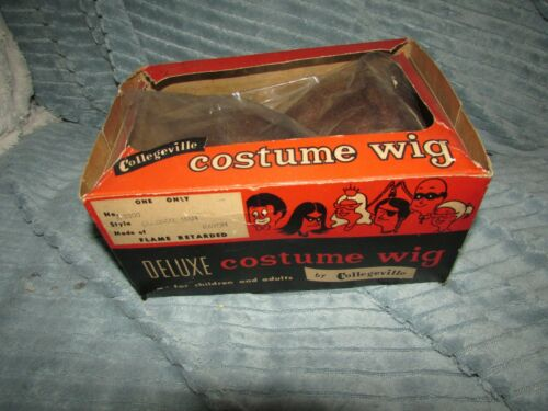 RARE ANTIQUE HALLOWEEN COSTUME WIG MINT IN BOX COLONIAL MAN COLLEGEVILLE