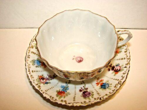 ANTIQUE VINTAGE NYMPHENBURG GERMANY TEA CUP & SAUCER GOLD LEAF & HPAINT FLOWERS
