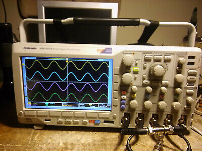 Tektronix Mso3054 Oscilloscope 500mhz 2.5gss With Logic Probe. Fully Tested.