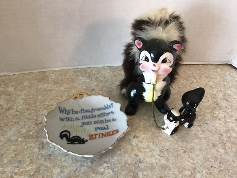 "Vintage Japan Ceramic Skunk Mom & Baby with Chain and Comical ""Stinker"" Dish."