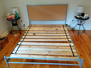 Queen size bed frame Campbelltown Campbelltown Area Preview