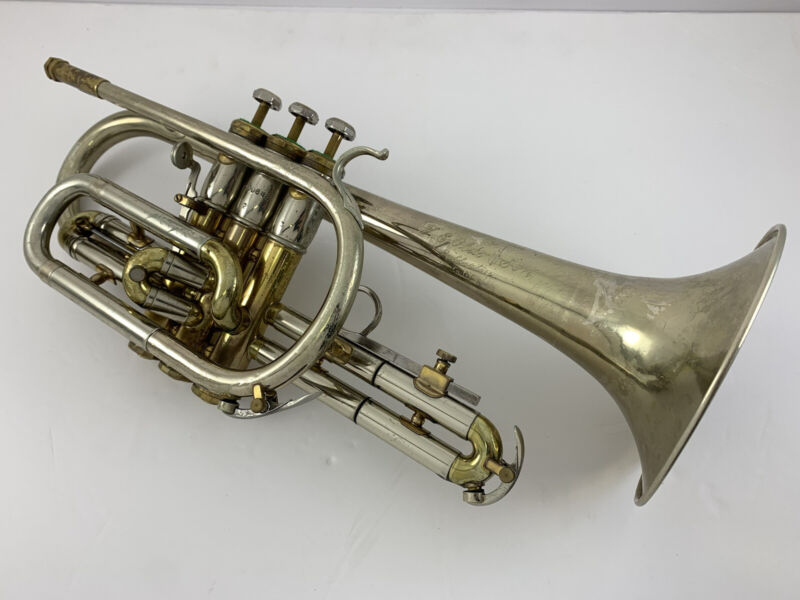 OLDS Opera Cornet - with Olds Case and Mouthpiece