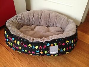 Small FuzzYard Space invaders pet bed Essendon Moonee Valley Preview