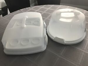 Wilton cake carriers
