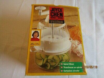 Joyce Chen Spiral Slicer  White New open box Eastern cook-western kitchen B5