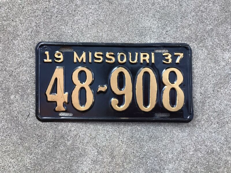 1937 - MISSOURI LICENSE PLATE - REPAINTED