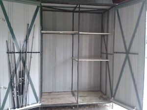Small shed with own legs Wantirna Knox Area Preview