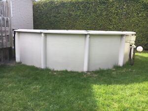 Structure de piscine hors-terre 18 pi