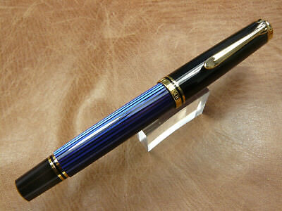 PELIKAN M600 SOUVERAN BLACK/BLUE FOUNTAIN PEN 14K GOLD MEDIUM NIB