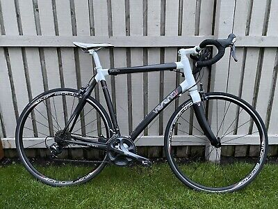 Verenti Rhigos 02 Carbon Road Bike with upgraded Ultegra Groupset 22 Inch Frame