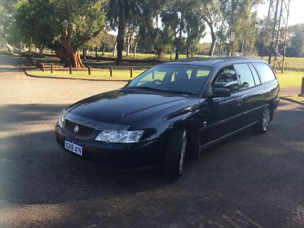 2003 Holden Commodore EXECUTIVE Wagon $2990 ( BACKPACKER'S RIDE )