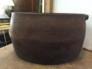 Antique T. & C. Clark & Co. England Cast Iron Pot 4 Gallons Planter Queenstown Port Adelaide Area Preview