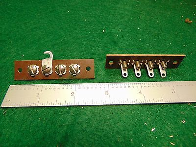 (1) Vintage 4 Terminal Phenolic Speaker Screw Strip with Shorting Bar NOS
