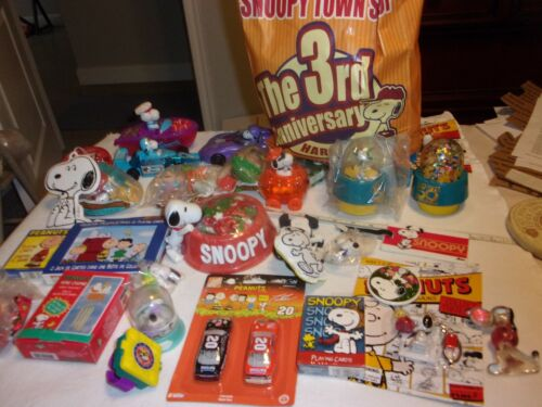 Huge Bag of Snoopy & Peanuts Gang Toys, Cars & Collectibles