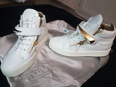 Authentic New Giuseppe Zanotti White Sneakers, size 37, 7 for sale  Canada