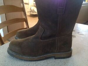 Brand New Leather Muck Boots Men's Size 12