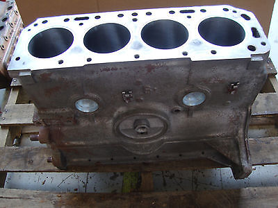 600 601 641 800 801 841 861 900 901 2000 4000 Ford Tractor Engine Block 172 Gas