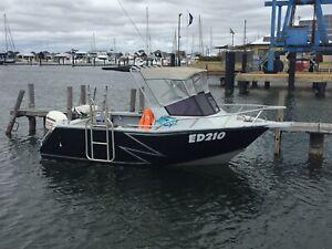 "Jackman design plate boat 5.8 cuddy cab ""Genisis"""