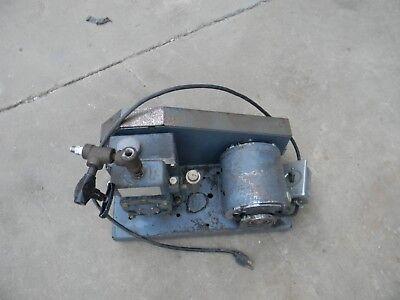 Welch Duo-seal Laboratory Vacuum Pump Model R-1400