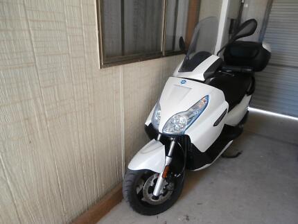 Piaggio x7 scooter.As new condition. The Italian Stallion. Moonta Bay Copper Coast Preview