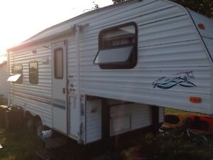 2000 Prowler 21ft and Fifth Wheel