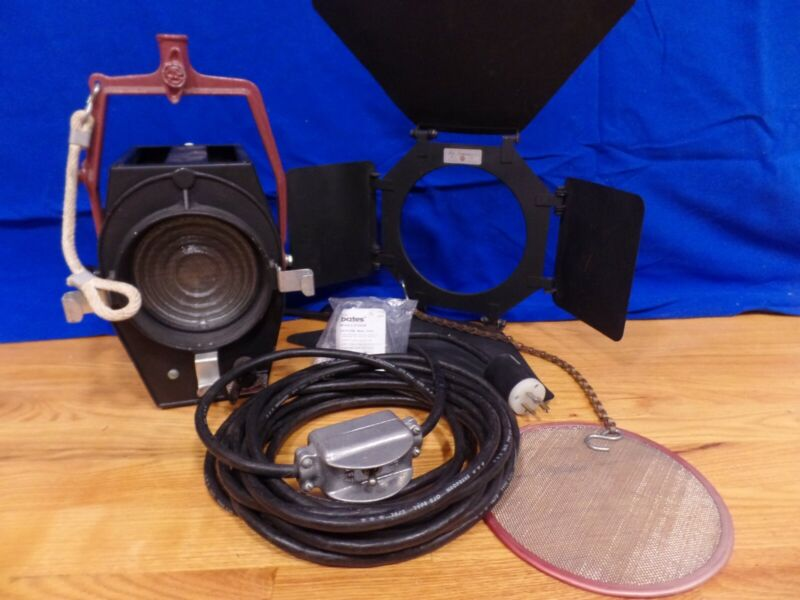 Mole Richardson 2831 Baby-Baby Solarspot & Accessories Studio/Remote Light