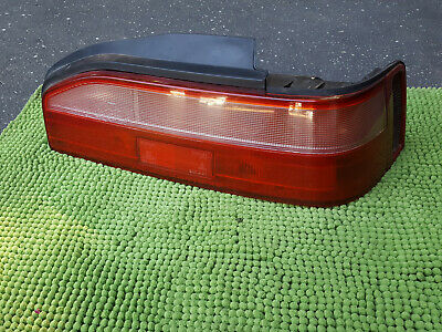 87-90 Acura Legend Coupe Passenger's Tail Light OEM 89-90 clear style lens right (89 90 Acura Legend Coupe)