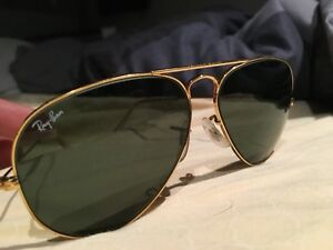 Good condition gold aviator raybans