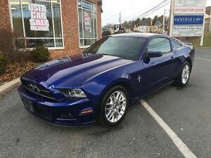 2014 Ford Mustang V6 Coupe w/ Backup Sensors & Camera