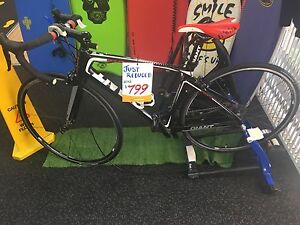 GIANT DEFY ADVANCED RACING BIKE Greenslopes Brisbane South West Preview