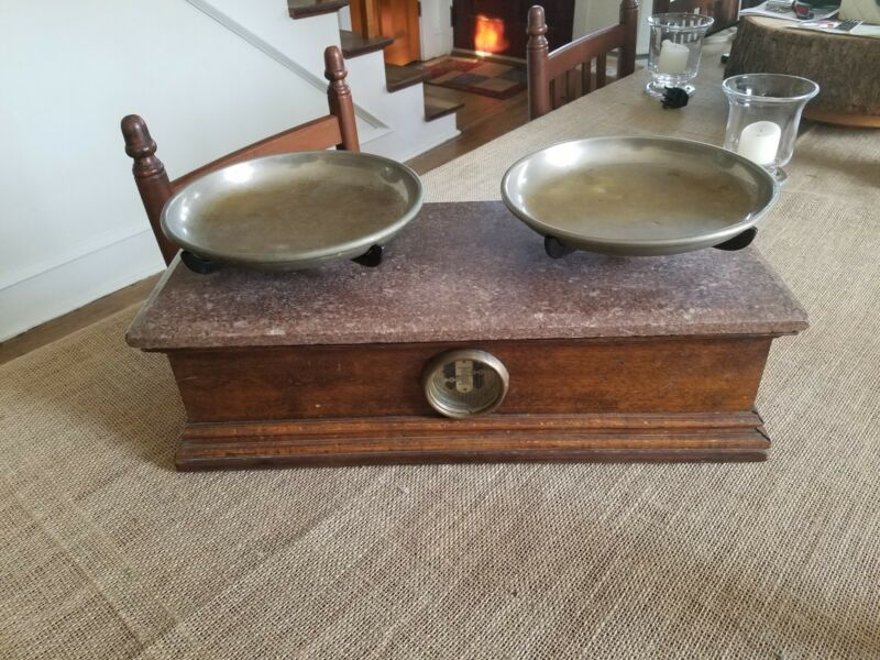 Fine Antique 19thC Henry Troemner Oak & Marble Top Apothecary Balance Scale