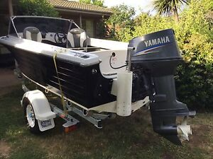 Fibreglass boat 70 Yamaha motor with new  boat  Trailor McKellar Belconnen Area Preview