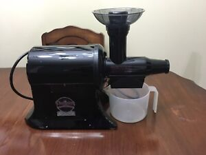 Reduced! Champion Commercial Juicer