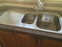 Kitchen sink Oakville Hawkesbury Area Preview