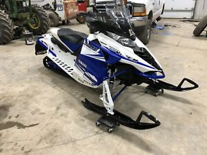 2015 YAMAHA VIPER RTX-ONLY 2700 MILES