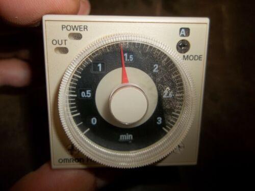 NIB OMRON H3CR-A8E TIMER 100-240 VAC 50/60HZ 8 PIN 0-3 MINUTES (199-1)