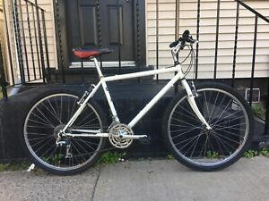 """90s MTB 18"""" commuter bicycle"""