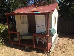 Free cubby house Palmerston Gungahlin Area Preview