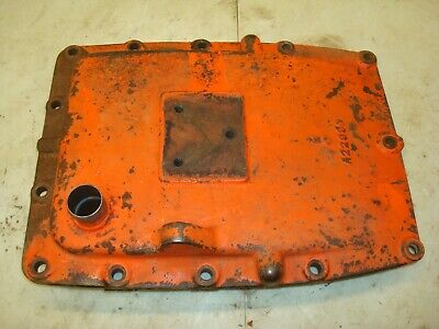 1963 Case 831 Tractor Dual Range Transmission Rearend Cover 830