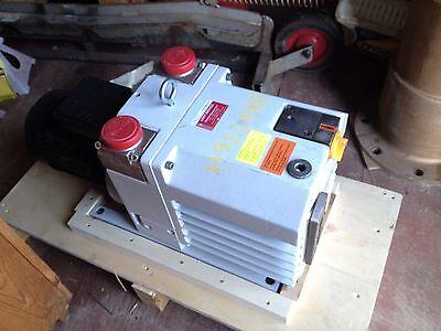 Pfeiffer Vacuum Pump Uno 035d 002 With Lafert Motor