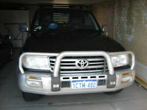 Toyota Landcruiser 100 series