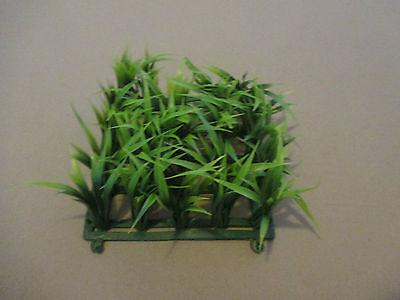 Kunststoffpflanze Gras Rasen Matte Pflanze Wasserpflanzen Aquarium 13x13 H 6-8cm ()