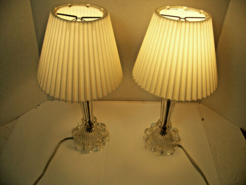Pair of vintage clear glass table lamps
