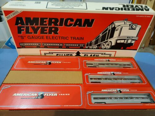 American Flyer Silver Flash S Gauge Electric Train Set 6-49606