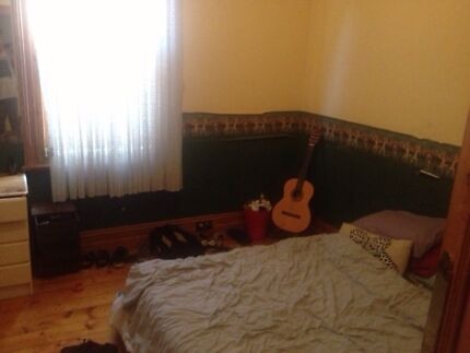 Furnished room and couch Kew Boroondara Area Preview