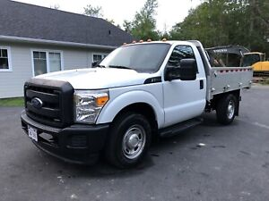2016 Ford F-250 SuperDuty with Aluminium Work Bed
